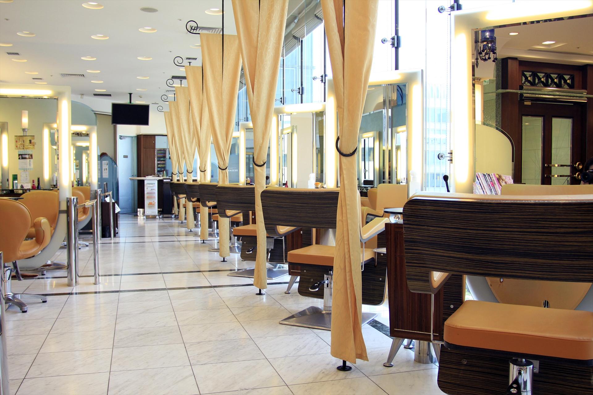 中区栄の美容室デサンジュインターナショナル